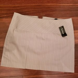 Express stretch mini skirt suit 6 NWT